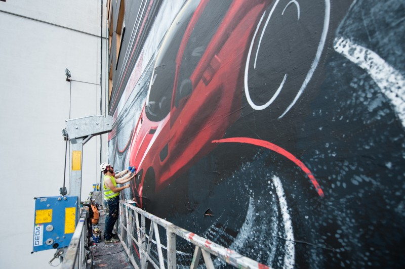 A Mercedes AMG car hand painted by artists as an advertising mural for Mercedes-Benz Polska | Mercedes AMG | Portfolio
