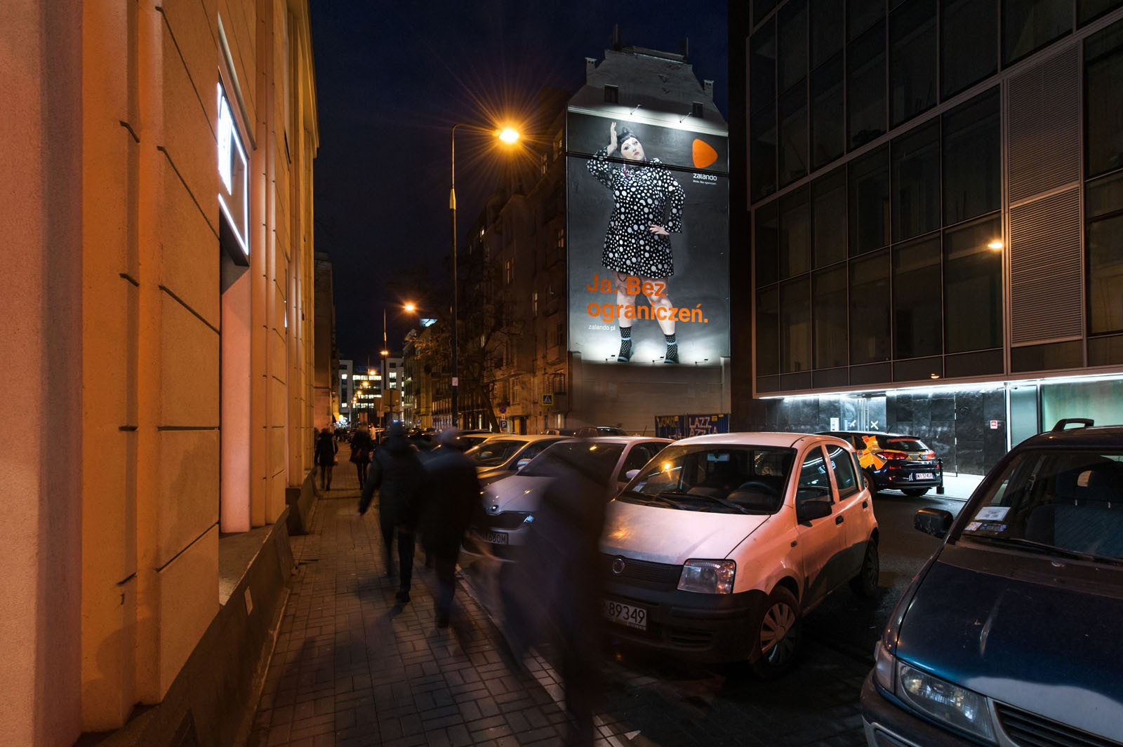 Advertising mural for clothing brand zalando in Warsaw downtown | Ja. Bez ograniczeń | Portfolio