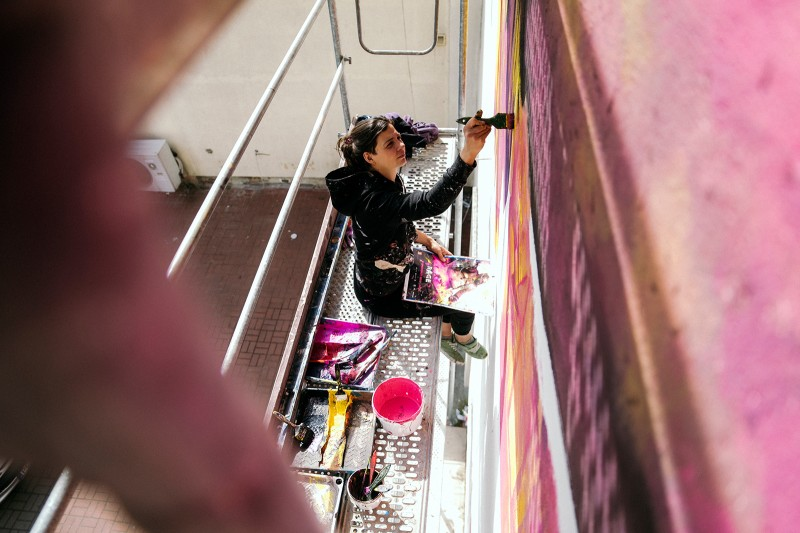 Artist paints advertisement Rage 2nd for Cenega brand in Poznan | Rage 2 | Portfolio