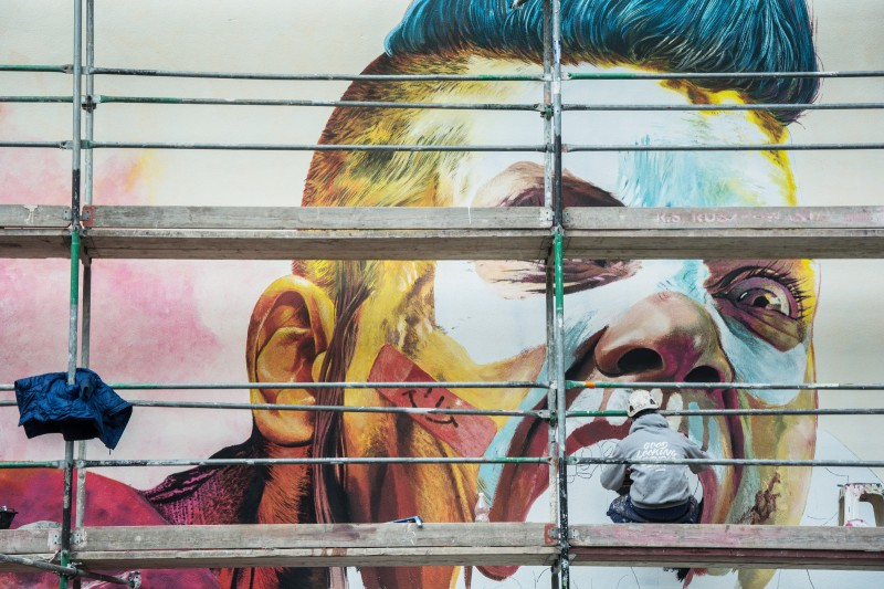 Artist paints photorealistic mural commissioned from Cenega Dobra 53 street in Warsaw | Rage 2 | Portfolio
