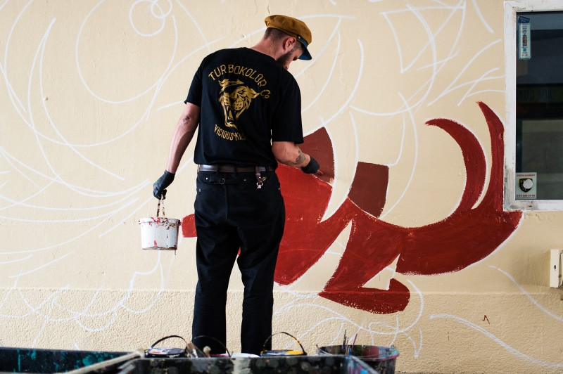 Swanski painting a mural for Sprite in Warsaw | #RFRSH_CITY | Portfolio
