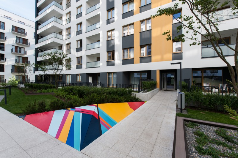 Artistically painted ledges commissioned by Dom Development at Studio Mokotow housing estate in Warsaw | Studio Mokotów | Portfolio