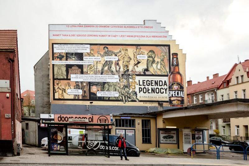Hand painted Northern Legends advertising campaign in Gdansk for Specjal beer brand | Specjal - Legenda Północy | Portfolio