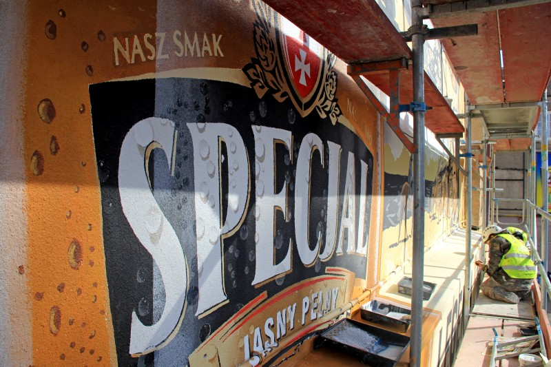 Hand painted mural for Specjal beer brand | Specjal - Legenda Północy | Portfolio