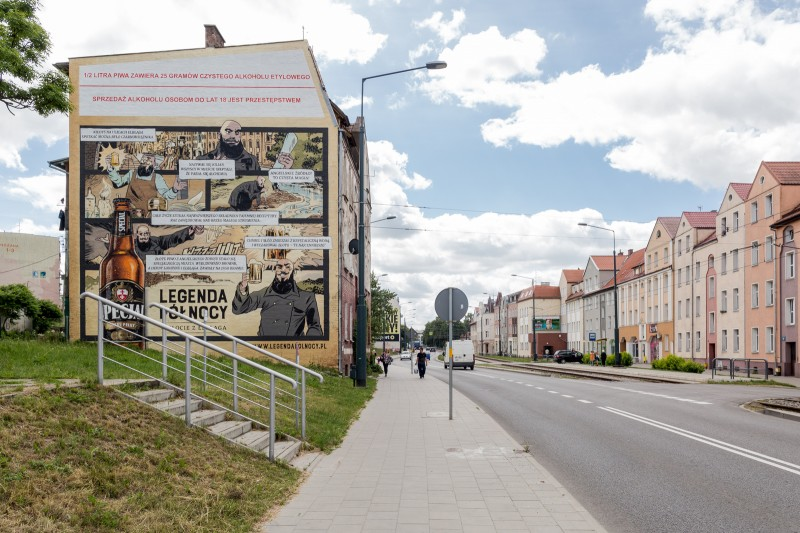 Hand painted mural in Elblag for Specjal beer brand campaign | Specjal - Legenda Północy | Portfolio