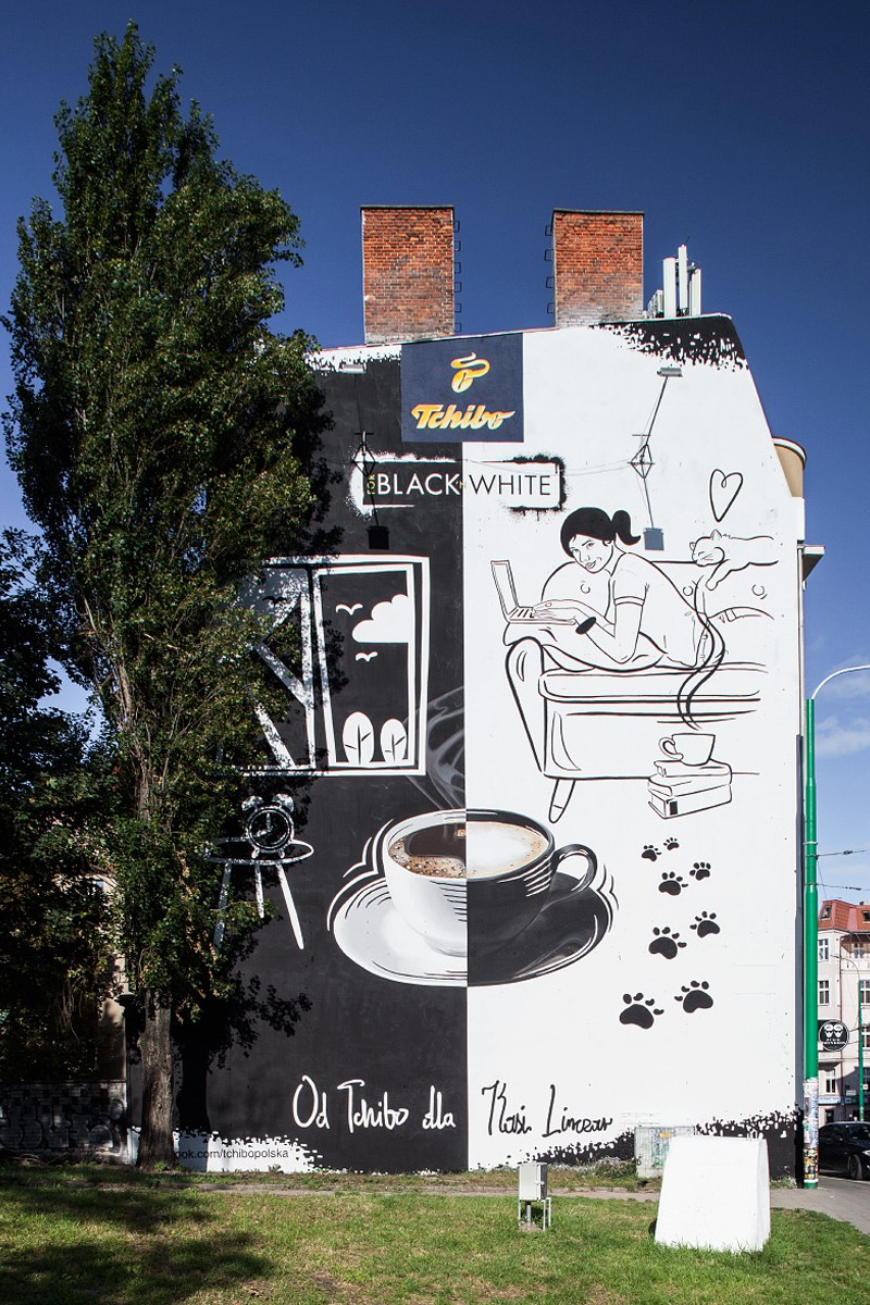 Advertising campaign Tchibo Black and White mural in Poznan | Black & White | Portfolio