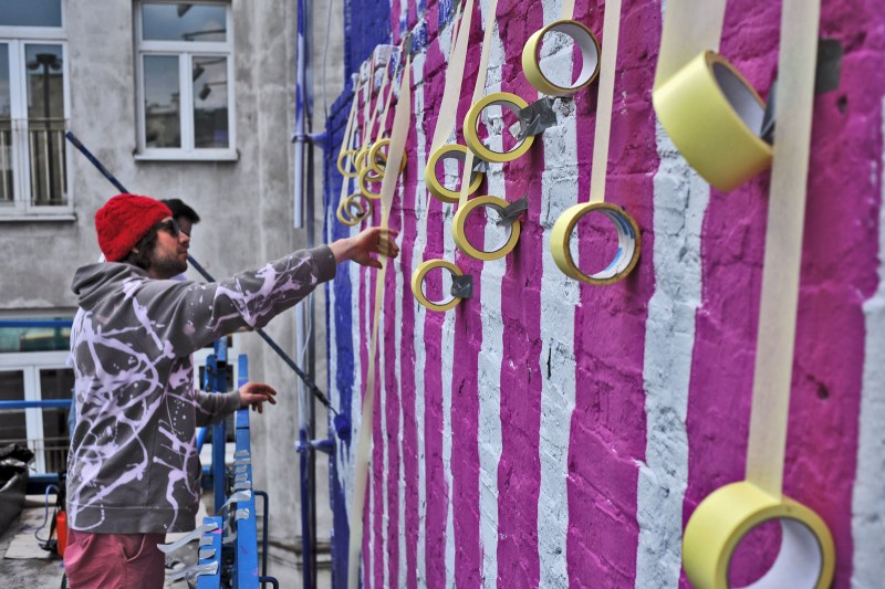 Painting wall in Warsaw Polna 40 street for Redbull Weekender | Redbull Weekender | Portfolio