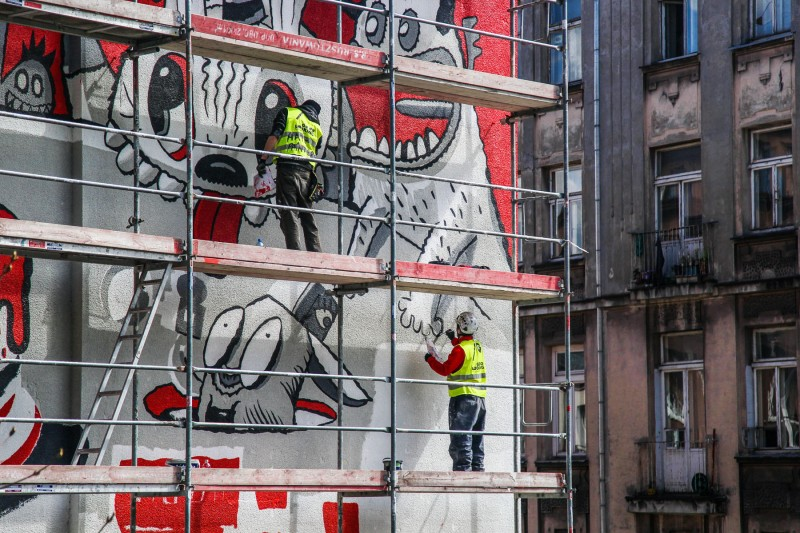 Painting on the wall for Coca Cola celebration 100th anniversary of First Kiss bottle | 100 years of Coca-Cola | Portfolio