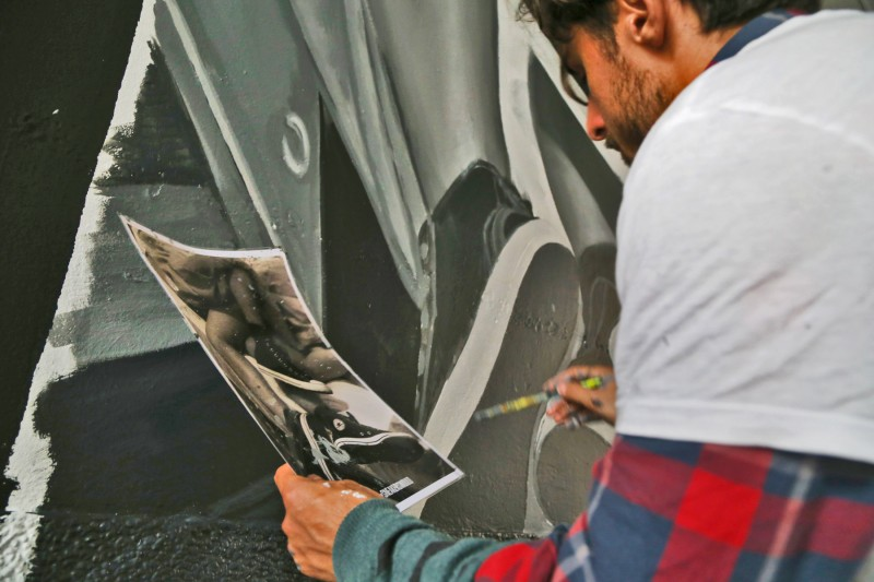 Handpainting pavilions Nowy Swiat street in Warsaw Converse brand Sneakers | #sneakerswould | Portfolio