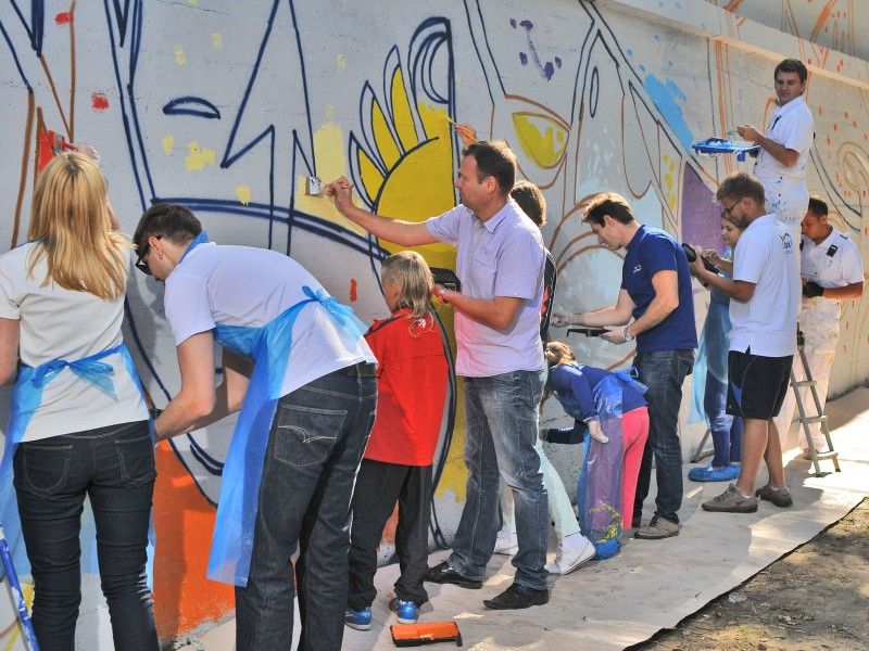 Mural - event Dulux Lets Colour - Warsaw Beach next to Temat Rzeka | Let's Colour | Portfolio
