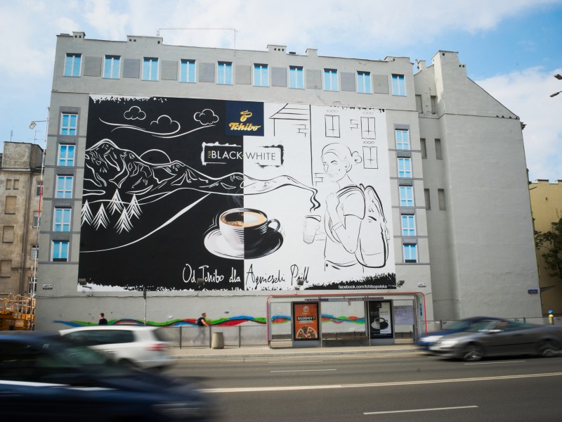 Mural Warsaw Polna street marketing campaign Tchibo Black and White | Black & White | Portfolio