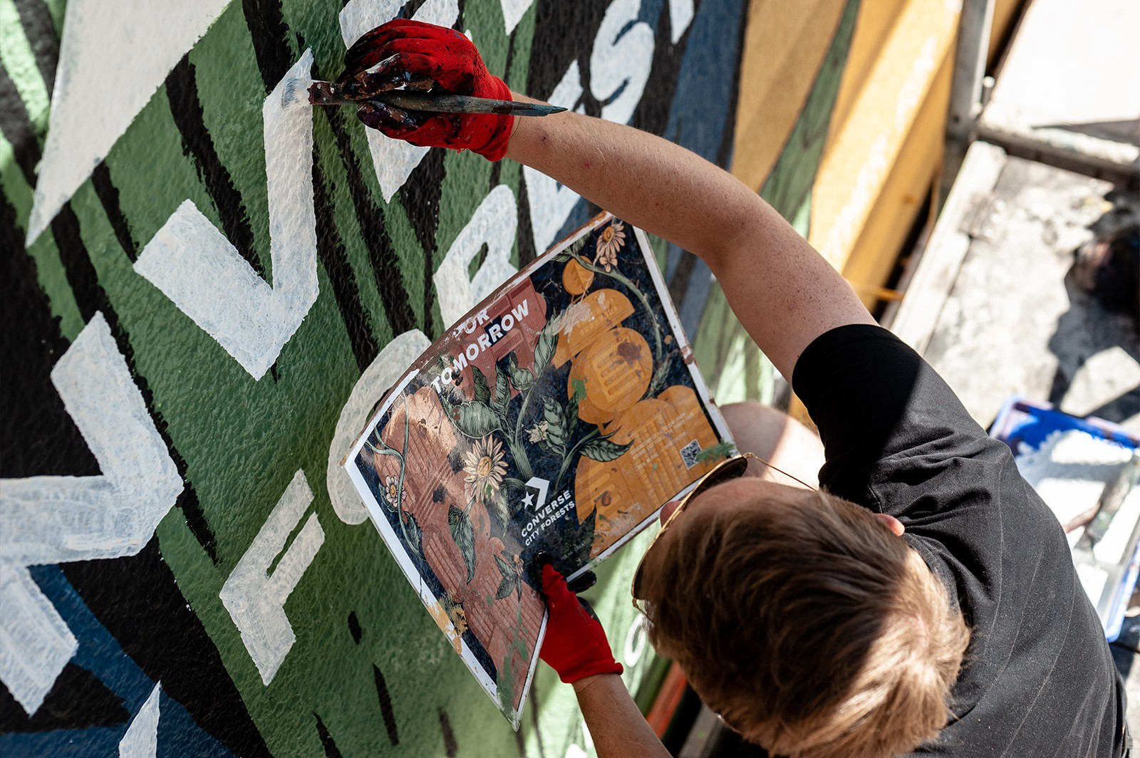 Advertising mural designing by polish artists, Converse | CREATE TOGETHER FOR TOMORROW | Portfolio