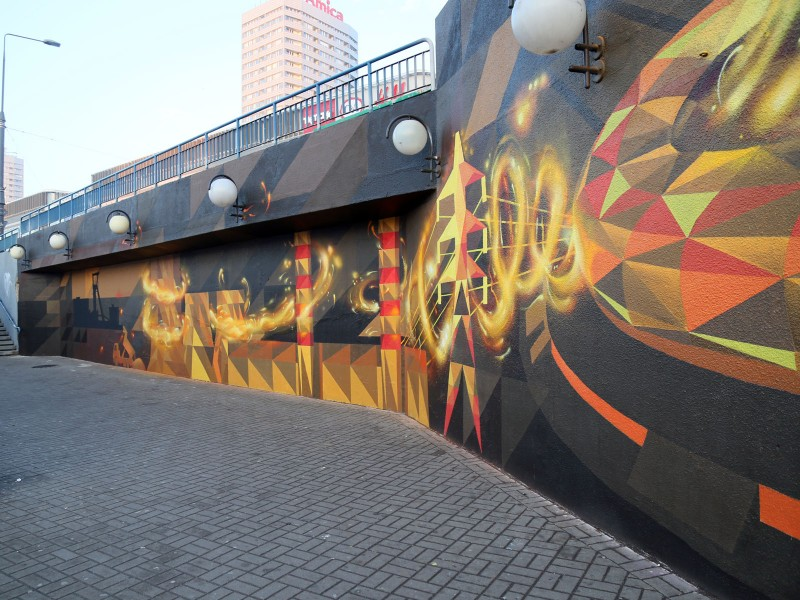Handpainting adrvertisement for PGE We provide energy - Centrum subway station in Warsaw | We provide energy | Portfolio