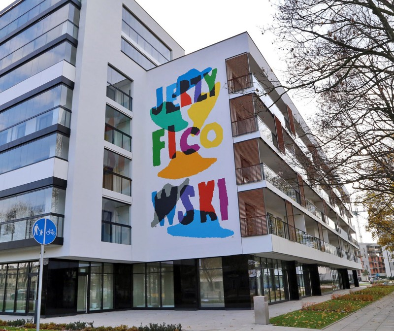 Artistic Zoliborz Jerzy Ficowski Apartments estate in Warsaw | Artistic Murals | Our offer