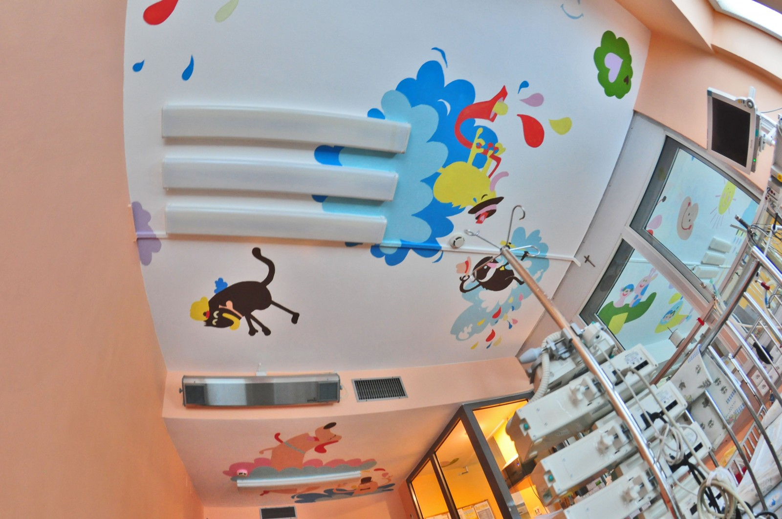 Painting rooms in Intensive Care Department in Warsaw Ceiling Operation in The Children's Memorial Health Institute | Ceiling Operation - The Children's Memorial Health Institute | CSR | About us