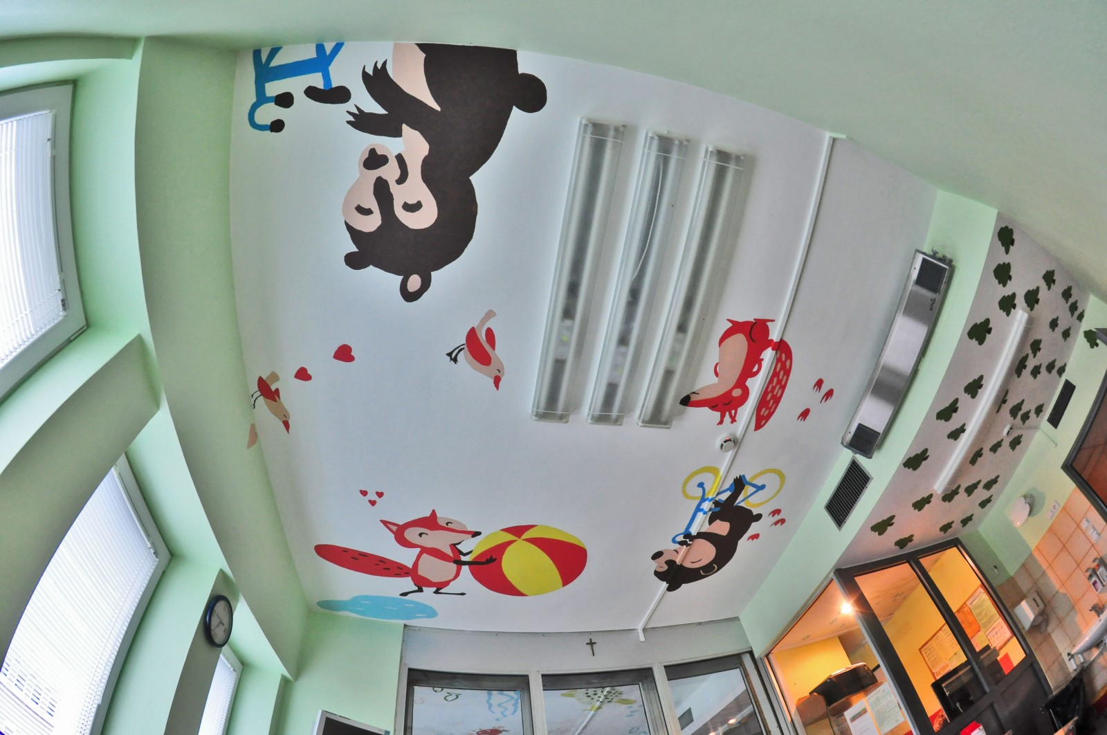 Painting in postoperative rooms Ceiling Operation - The Children's Memorial Health Institute | Ceiling Operation - The Children's Memorial Health Institute | CSR | About us