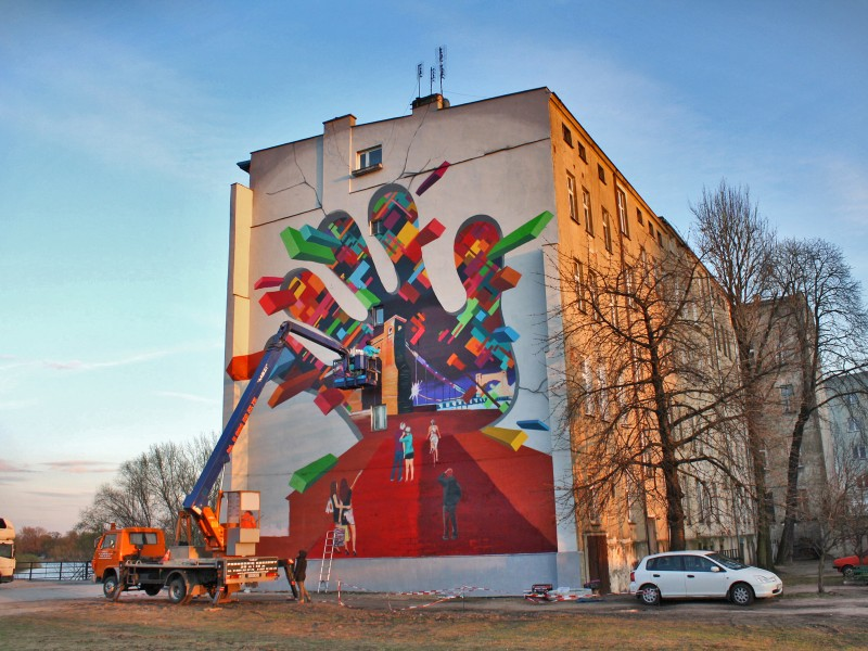 Advertising mural Heyah in Wroclaw Grunwaldzki Bridge | Freeyah | Portfolio