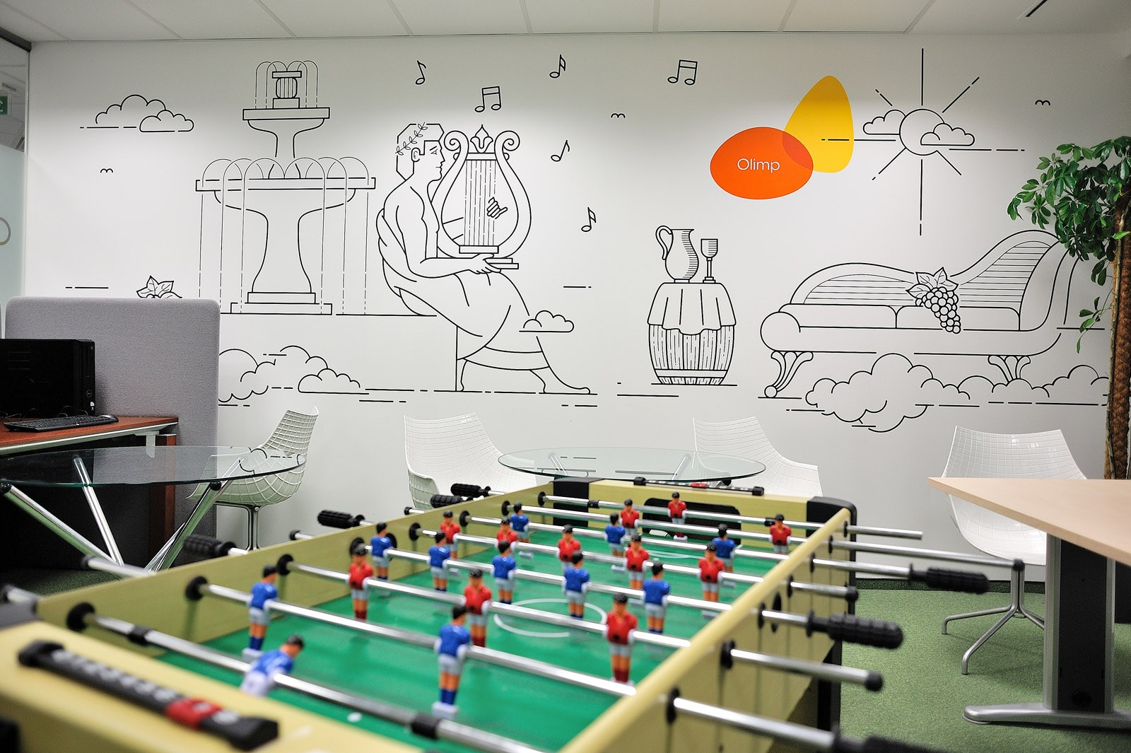Room in Provident Polska building artistic mural in Warsaw | Headquarters and Call Center | Portfolio