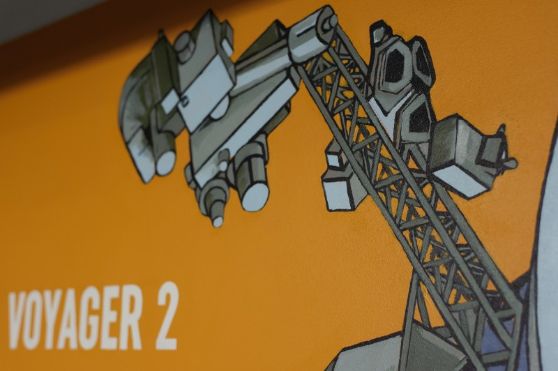 Voyager 2 space shuttle painted on a wall of a garage in Warsaw's Proximo office building  | PROXIMO | Portfolio